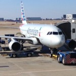 AmericanAir A319 waiting at gate D21