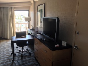 TV & Desk at Crown Plaza Redondo Beach